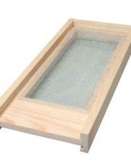 nuc screened winter bottom board