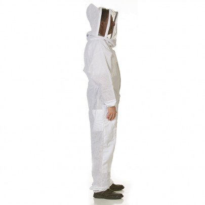 vented beekeeping suit with fencing veil